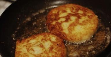 Пирожки с мясом за 5 минут - фото шаг 5