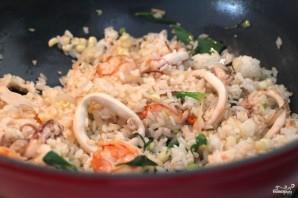 Жареный рис с морепродуктами по-тайски - фото шаг 5