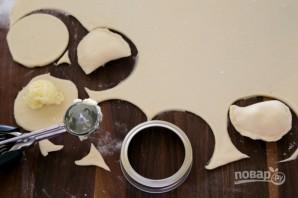 Вкусные вареники с картошкой - фото шаг 8