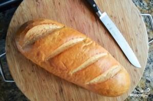 Хлеб с сыром и чесноком в духовке - фото шаг 1