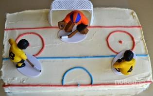 Торт с хоккейной тематикой - фото шаг 3