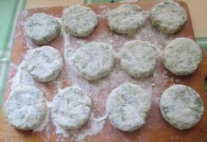 Соленые сырники с зеленью - фото шаг 4