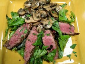 Салат с мясом и грибами - фото шаг 7