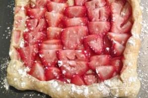 Слоеный пирог с клубникой - фото шаг 5
