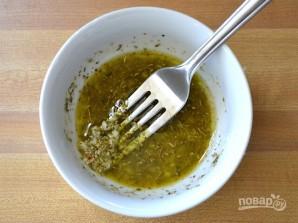 Салат с белой фасолью консервированной - фото шаг 5