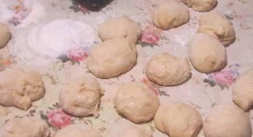 Пирожки с повидлом в духовке - фото шаг 4