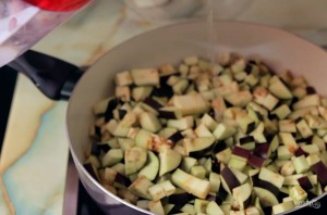 Тефтели в томатном соусе (вегетарианские) - фото шаг 1