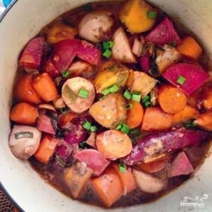 Тушеные овощи с красным вином и мускатным орехом - фото шаг 9