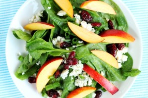 Салат из шпината и персиков - фото шаг 10