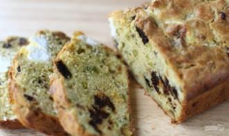 Пирог с сыром и черносливом - фото шаг 7