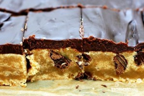Шоколадные пирожные с арахисовым маслом и орехами пекан - фото шаг 4