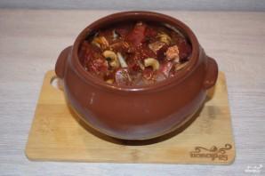 Мясо с грибами и сыром в духовке - фото шаг 5
