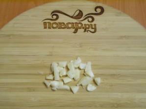 Тушеная капуста с грибами в мультиварке - фото шаг 5