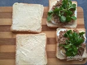 Бутерброды с рыбными консервами - фото шаг 3