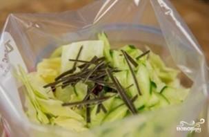 Маринованная капуста с острым перцем - фото шаг 5