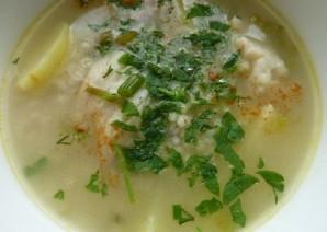 Рыбный суп с перловкой - фото шаг 10