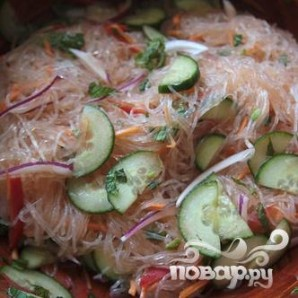 Вьетнамский салат из рисовой лапши с тофу - фото шаг 5