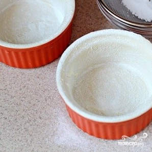 Кексы с жидкой начинкой - фото шаг 1