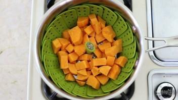 Пюре из авокадо и батата - фото шаг 2