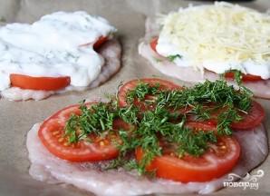 Отбивные из куриного филе в духовке с помидорами - фото шаг 4