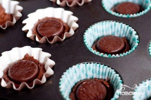 Шоколадные капкейки с мятным кремом - фото шаг 2