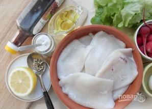 Простой рецепт салата с кальмарами - фото шаг 1