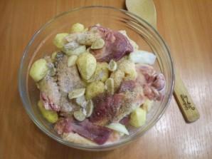 Утка в духовке с картофелем - фото шаг 3