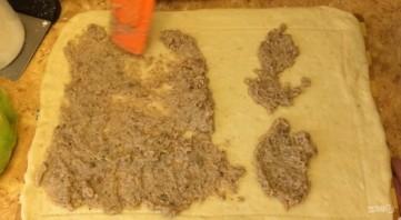Праздничные кренделя с ореховой начинкой - фото шаг 5