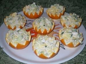 Салат в апельсиновых корках - фото шаг 2