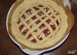 Пирог с клубникой и творогом - фото шаг 5