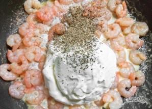 Паста с креветками под соусом - фото шаг 5