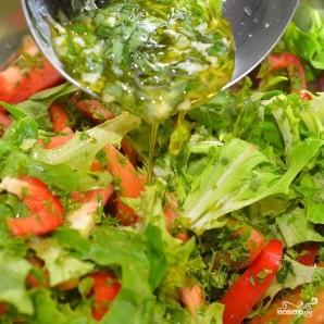 Средиземноморский салат с мидиями - фото шаг 8