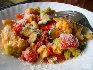 Цветная капуста в сливочном соусе с овощами - фото шаг 7