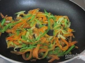 Салат из кальмаров без майонеза - фото шаг 5