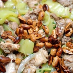 Курица с арахисом - фото шаг 12