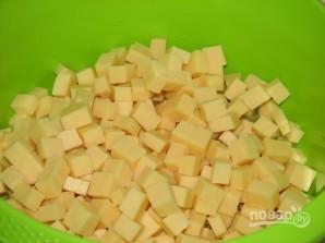 Салат из консервированных ананасов - фото шаг 2