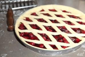 Вишневый пирог из дрожжевого теста - фото шаг 6