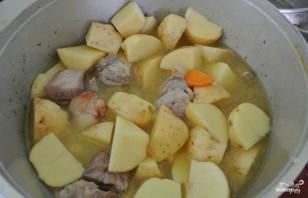 Жаркое со свининой и картошкой - фото шаг 5