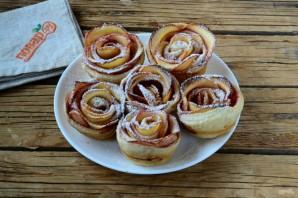 Розы из яблок к чаю - фото шаг 10