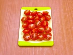 Макароны с беконом, моцареллой и помидорами - фото шаг 2