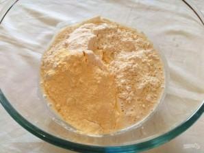 Кукурузный мини-хлеб с моцареллой - фото шаг 3