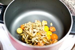 Паста с грибами и помидорами - фото шаг 6
