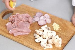 Мясо индейки в мультиварке - фото шаг 1