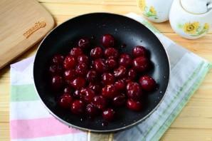 Фрикадельки с вишневым соусом - фото шаг 5