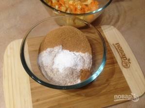 Маффины из цельнозерновой муки с яблоком и морковью - фото шаг 6
