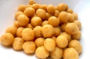 Сырные чипсы в вафельнице - фото шаг 5
