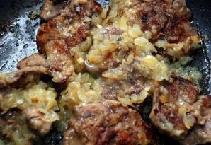 Печень с баклажанами - фото шаг 6