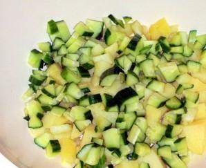 Желейный салат с яйцами и овощами - фото шаг 2