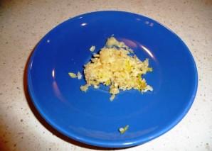 Салат с морковью и сыром - фото шаг 2