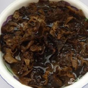 Китайские древесные грибы муэр - фото шаг 1